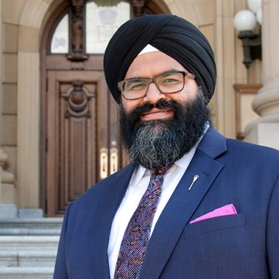 Sudden death of young PC star Manmeet Bhullar in road accident stuns Alberta Legislature