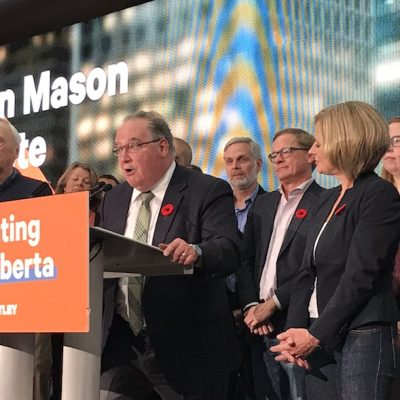 Former NDP leader Brian Mason says farewell with words of wisdom and warning